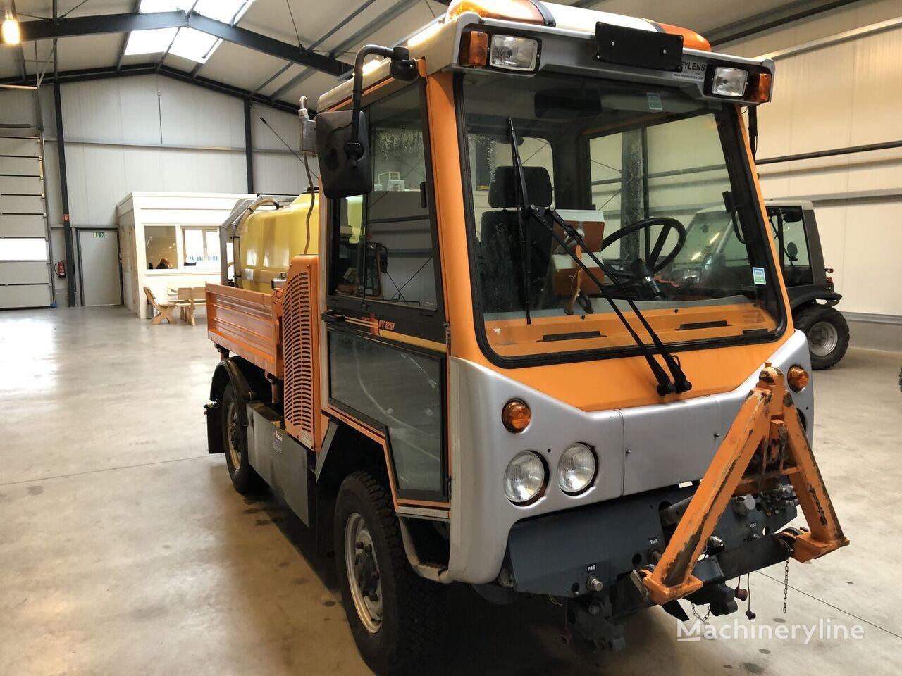 универсальная коммунальная машина Kiefer Boki HY 1251 1000 Liter solewasser winterdienst